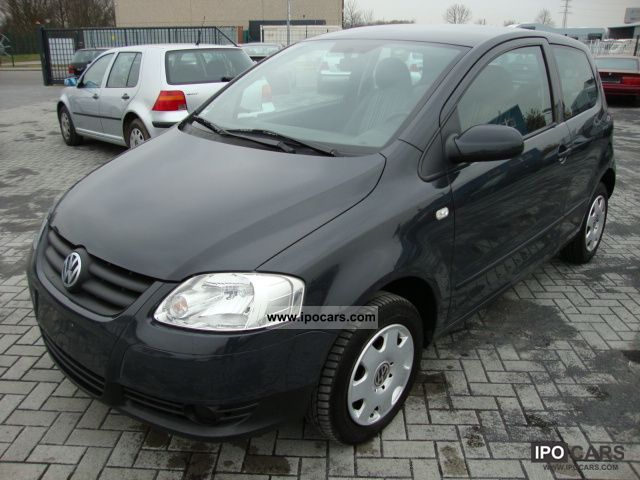 2005 Volkswagen  Fox 1.2 Small Car Used vehicle photo