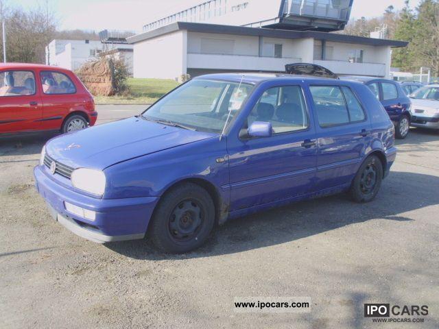 1997 Volkswagen  Golf 1.8 Trendline + 5 doors Limousine Used vehicle photo