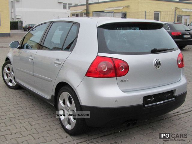 volkswagen golf gti  car photo  specs