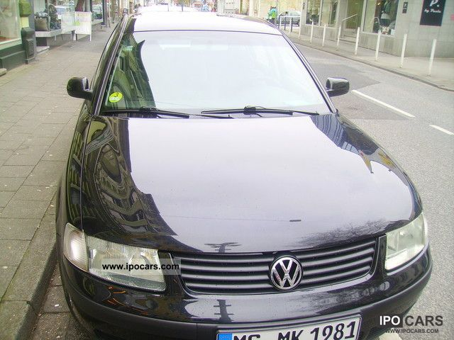 2000 Volkswagen  Passat 1.9 TDI Edition Limousine Used vehicle photo