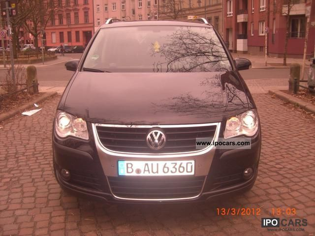2007 volkswagen touran 2 0 tdi dpf cross vollaustattung car photo and specs. Black Bedroom Furniture Sets. Home Design Ideas