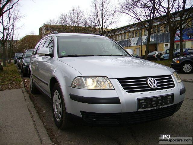 2004 Volkswagen  Passat 1.6 Trendline Estate Car Used vehicle photo