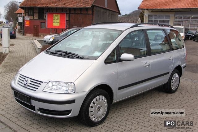 2002 Volkswagen  Sharan 2.0 Comfortline / 2.Hand / climate control Van / Minibus Used vehicle photo