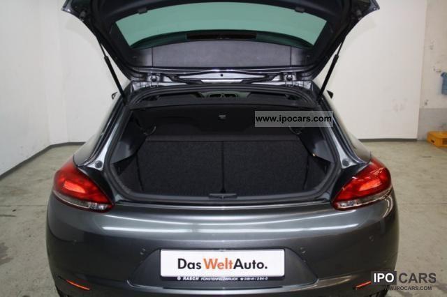 2010 volkswagen scirocco 2 0 tsi team xenon navigation car photo and specs. Black Bedroom Furniture Sets. Home Design Ideas