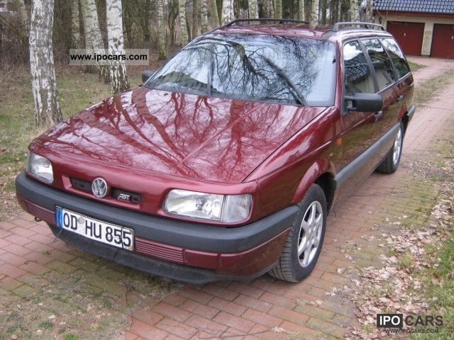 1993 Volkswagen  Passat 2.0 Climate / TÜV Estate Car Used vehicle photo
