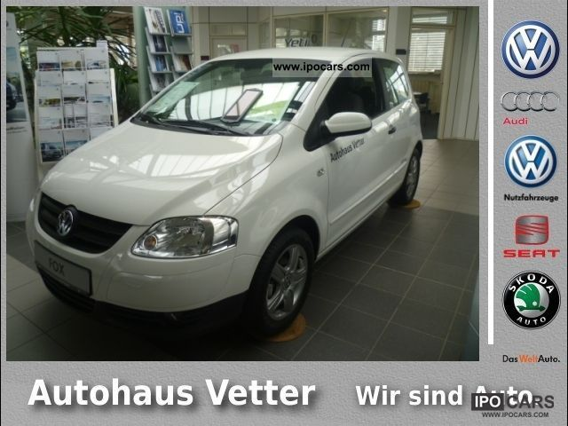 2012 Volkswagen  Fox 'Style' 1.2 liter ALU Limousine Demonstration Vehicle photo