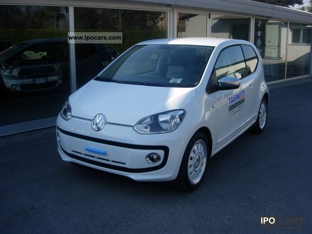 2011 volkswagen up 1 0 high up white up promo finanziamento car photo and specs. Black Bedroom Furniture Sets. Home Design Ideas