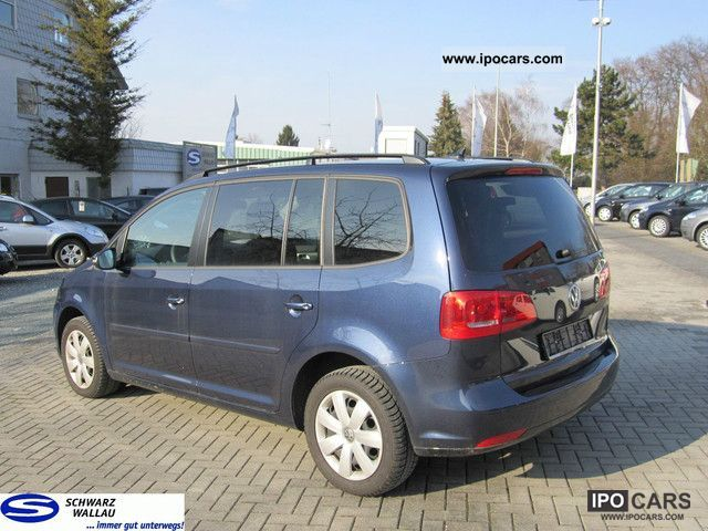 2010 volkswagen touran 1 4 tsi comfortline car photo and specs. Black Bedroom Furniture Sets. Home Design Ideas