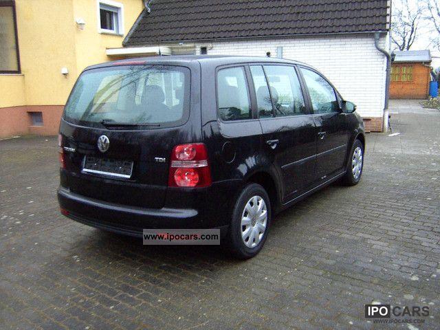 2010 volkswagen touran 1 9 tdi dpf dsg car photo and specs. Black Bedroom Furniture Sets. Home Design Ideas