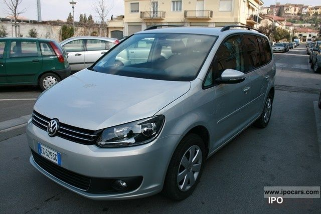 Volkswagen  Touran EcoFuel 1.4 Comfortline 2011 Compressed Natural Gas Cars (CNG, methane, CH4) photo