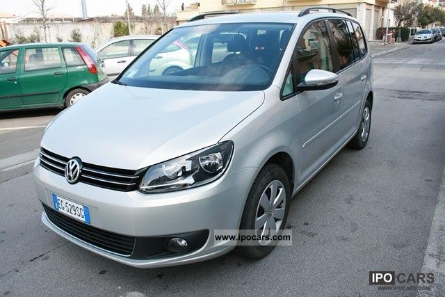 2011 volkswagen touran ecofuel 1 4 comfortline car photo and specs. Black Bedroom Furniture Sets. Home Design Ideas