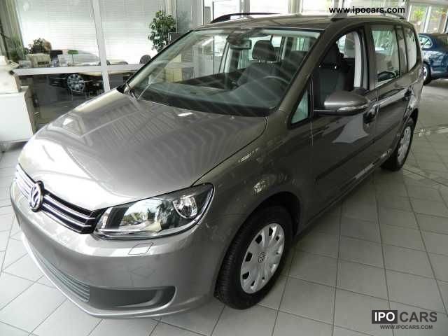 2012 Volkswagen  Touran 1.4 TSI Trendline, NAVI, CLIMATRONIC Van / Minibus Used vehicle photo