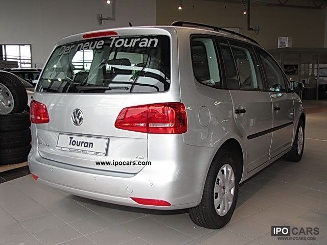 2011 volkswagen touran trendline bluemotion technology tsi car photo and specs. Black Bedroom Furniture Sets. Home Design Ideas