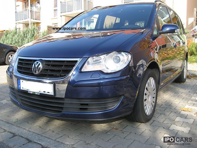 2007 volkswagen touran 1 9 tdi dpf dsg new model 2008 car photo and specs. Black Bedroom Furniture Sets. Home Design Ideas