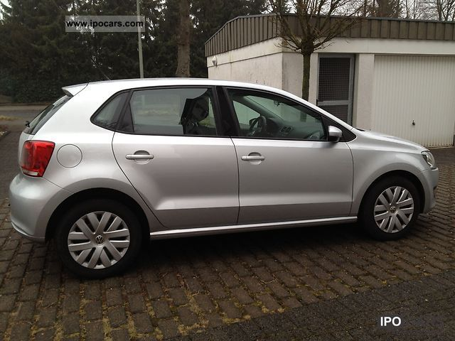 2010 volkswagen polo 1 2 comfortline car photo and specs. Black Bedroom Furniture Sets. Home Design Ideas