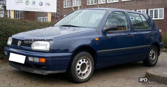 1996 Volkswagen  Golf 1.8 Europe Limousine Used vehicle photo