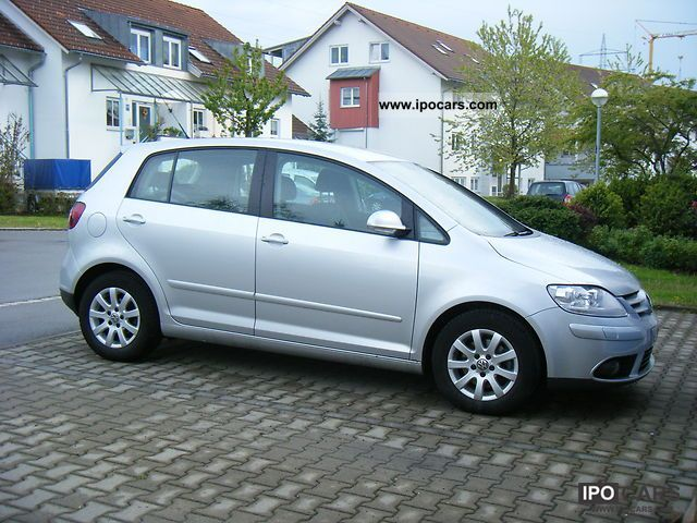 2005 volkswagen golf plus 2 0 fsi comfortline car photo and specs. Black Bedroom Furniture Sets. Home Design Ideas
