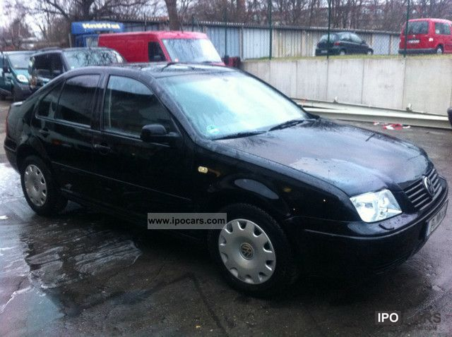 1999 Volkswagen  Bora 1.6 Comfortline, automatic transmission, air Limousine Used vehicle photo