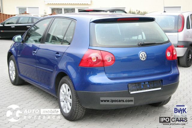 2004 volkswagen golf v 1 6 fsi comfortline car photo and specs. Black Bedroom Furniture Sets. Home Design Ideas