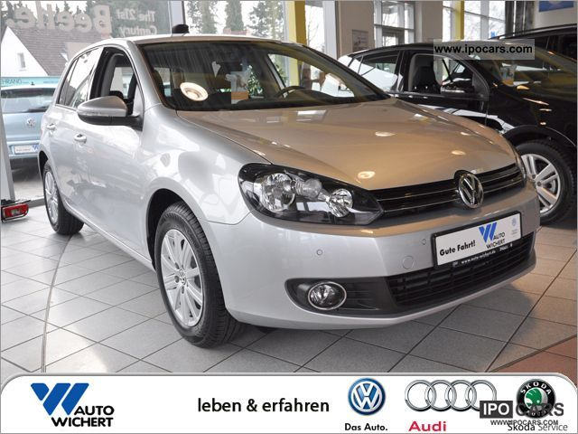2012 Volkswagen  Golf 1.6 TDI 5-speed Move Limousine Pre-Registration photo