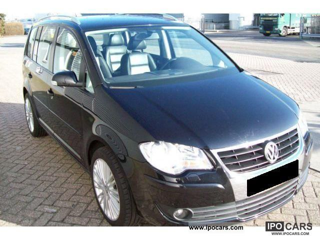 2007 volkswagen touran 1 9 tdi dsg aut 7 seat leather car photo and specs. Black Bedroom Furniture Sets. Home Design Ideas