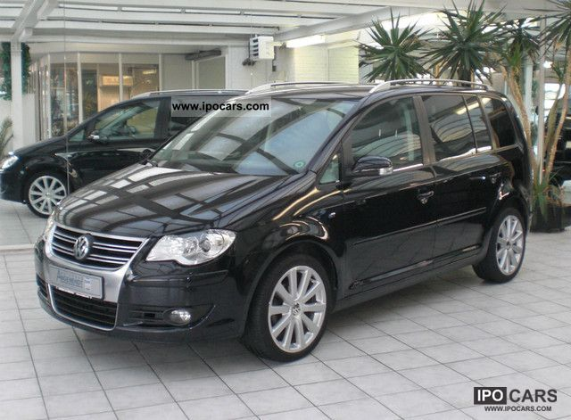 2009 Volkswagen  Touran \ Van / Minibus Used vehicle photo