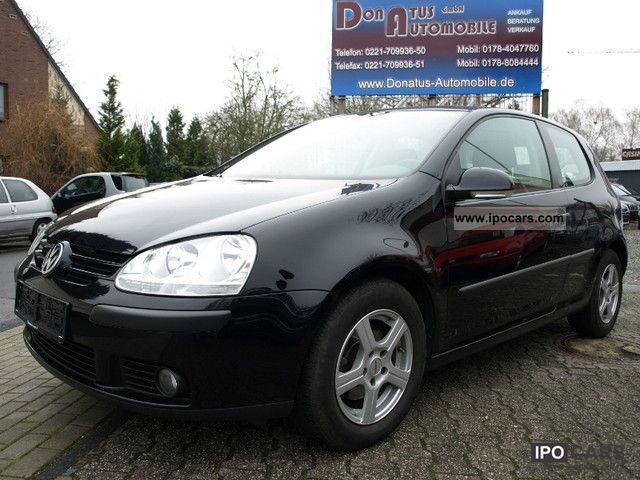 2006 Volkswagen  Golf 1.6 Trendline * Climatic * Limousine Used vehicle photo
