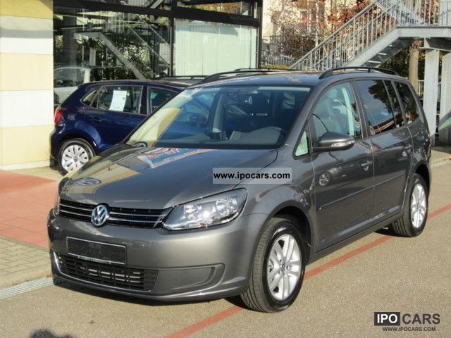 2012 volkswagen touran 1 2 tsi comfortline now available car photo and specs. Black Bedroom Furniture Sets. Home Design Ideas