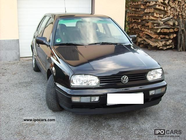 1996 Volkswagen  Golf 1.8 Avenue climate Limousine Used vehicle photo