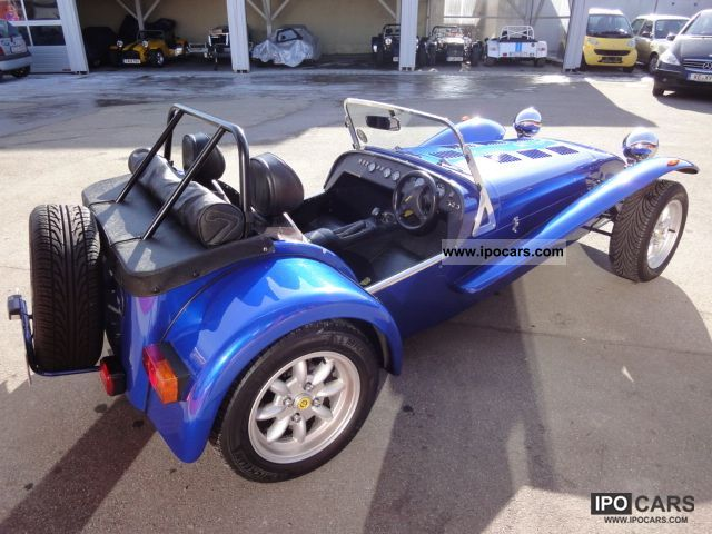 2000 caterham rover 8 1 including 6 speed transmission rhd car photo and specs. Black Bedroom Furniture Sets. Home Design Ideas
