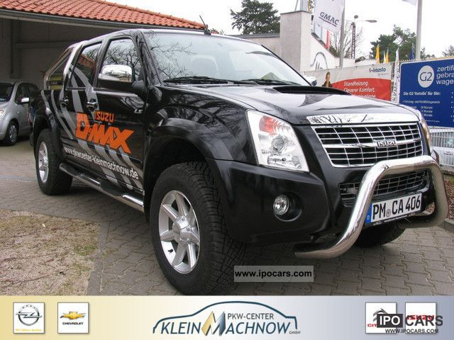 2012 Isuzu  D-Max 3.0 TD Double Cab 4x4 Custom Navigation Off-road Vehicle/Pickup Truck Demonstration Vehicle photo