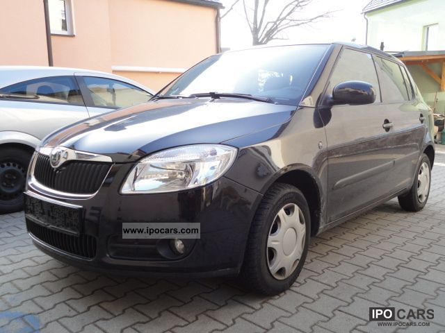 2009 Skoda  Fabia 1.2 HTP Classic Small Car Used vehicle photo