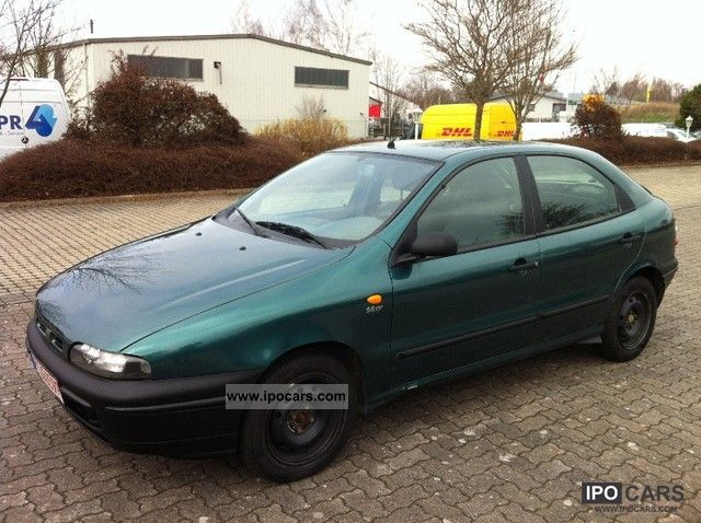 1998 Fiat  Marea 1.6 16V ELX Limousine Used vehicle photo
