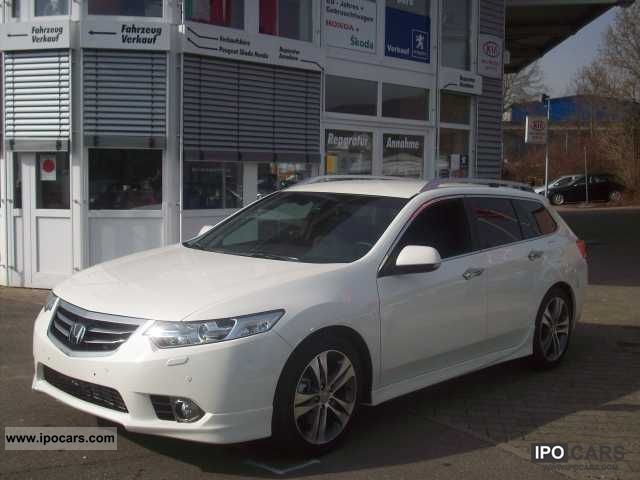 2012 Honda  Accord Tourer 2.4 Type S Estate Car Used vehicle photo