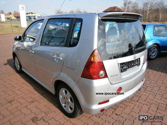2002 Daihatsu Yrv 1.3 Van