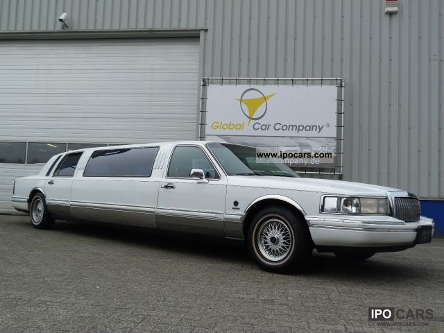 1994 Lincoln  STRETCH LIMO 11-TOWN CAR SEAT AIR AUTOMATIC, LEATHER Limousine Used vehicle photo
