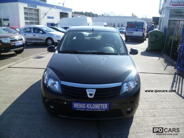 2010 Dacia  Sandero 1.2i-16V.Laureate.Klima.Mod.2011 Small Car Used vehicle photo