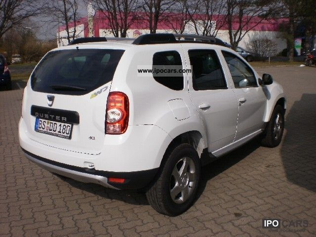 2012 dacia duster car photo and specs. Black Bedroom Furniture Sets. Home Design Ideas