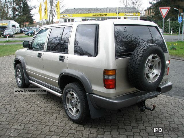 1996 Isuzu Trooper - Car Photo and Specs