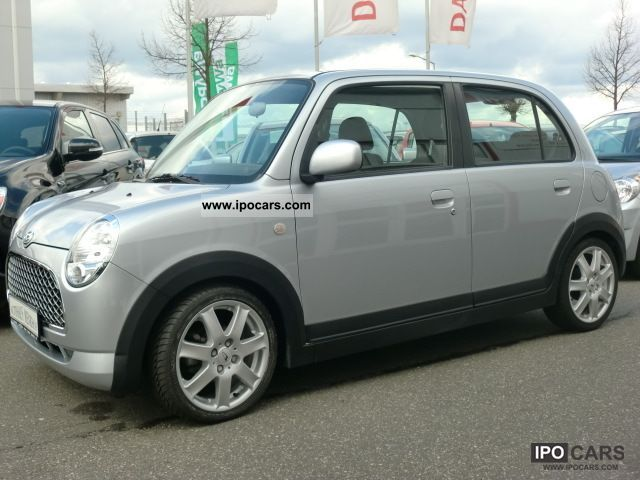 2009 Daihatsu Trevis Limited Car Photo And Specs