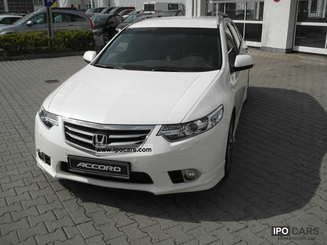 2012 Honda  Accord Tourer 2.2i-DTEC 180 Type S / Bi-Xenon / seat Estate Car Pre-Registration photo