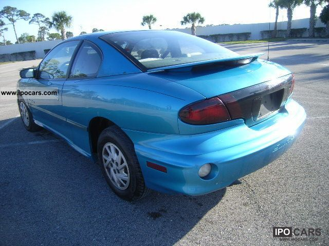 2000 pontiac sunfire car photo and specs. Black Bedroom Furniture Sets. Home Design Ideas