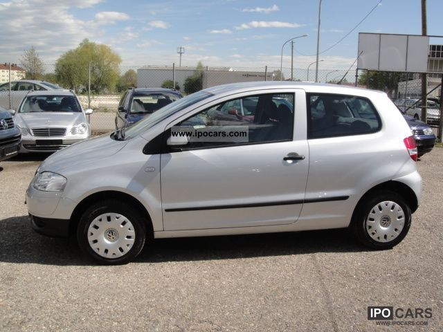 2008 volkswagen fox 1 2 servo air only 35 thousand kilometers car photo and specs. Black Bedroom Furniture Sets. Home Design Ideas