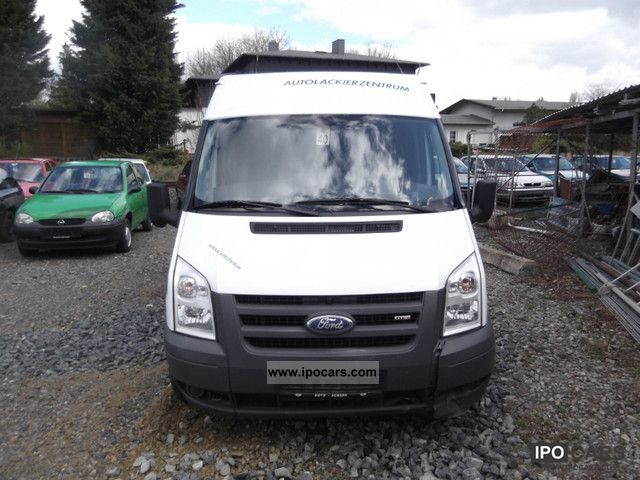 2007 Ford  FT 350 M TDCi truck / air / smaller front damage Van / Minibus Used vehicle photo