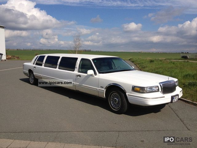 1996 Lincoln  Town Car Stretch 120inch Limousine Used vehicle photo