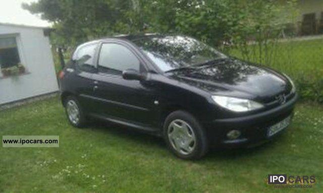 2001 Peugeot  206 75 Small Car Used vehicle photo