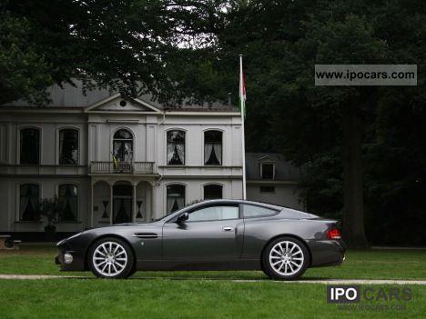 2004 Aston Martin  Vanquish 6.0 V12 Coupe Sports car/Coupe Used vehicle photo