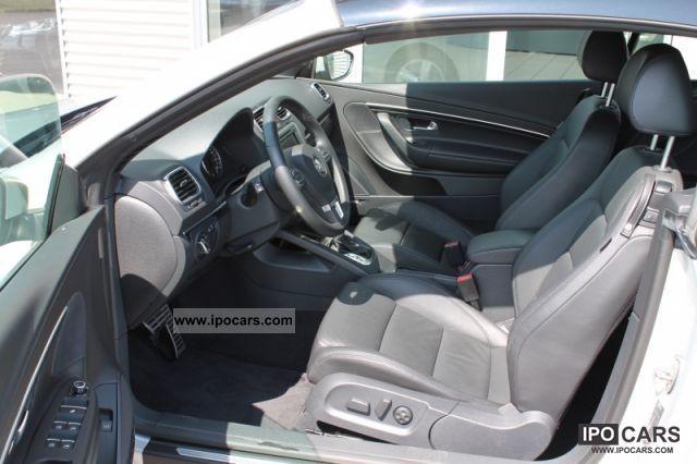 2011 Volkswagen Eos 2.0 TSI DSG Cabrio / roadster Used vehicle photo 2
