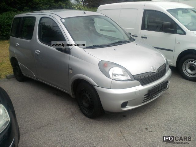 2002 toyota yaris verso 1 4 d 4d built 2002 car photo and specs. Black Bedroom Furniture Sets. Home Design Ideas