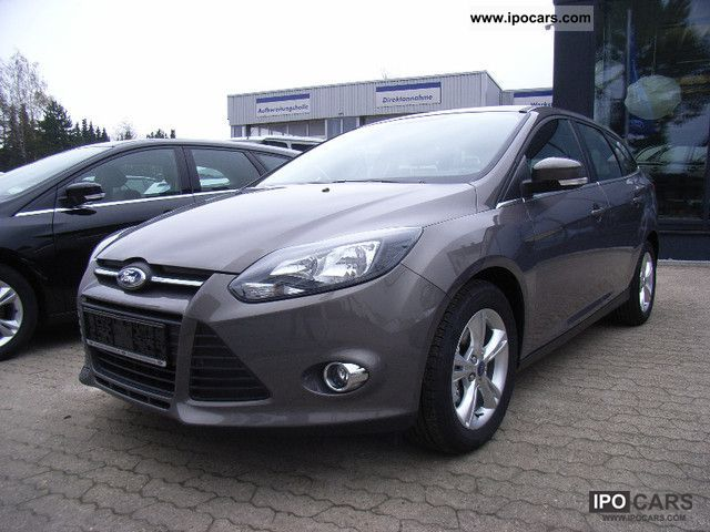2012 Ford  Focus 1.6 TDCi DPF Park Pilot / beh.WSS Estate Car Pre-Registration photo